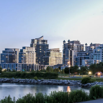 Toronto Neighborhoods Condo Investors